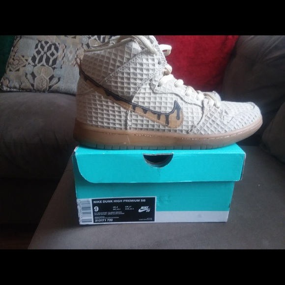 dostępność w Wielkiej Brytanii dla całej rodziny wyprzedaż w sklepie wyprzedażowym Nike Dunk High Premium SB. Chicken and waffle